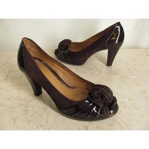 Nurture Shoes 8.5 M Brown Patent Leather Ruffle